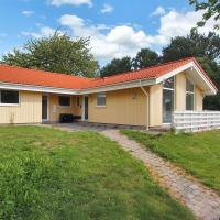 Hotel Pictures: Holiday home Æblehaven C- 143, Hundested