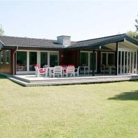 Fotografie hotelů: Holiday home Agermånevej H- 156, Bøtø By