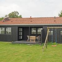 Hotel Pictures: Holiday home Havbakken F- 1618, Hou