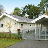 Hotel Pictures: Holiday home Drosselvænget D- 856, Juelsminde