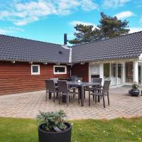 Hotel Pictures: Holiday home Egernstien G- 955, Væggerløse