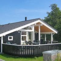 Hotellikuvia: Holiday home Elsdyrstien H- 996, Bøtø By