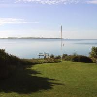 Hotel Pictures: Holiday home Gammelhave A- 1349, Helnæs By