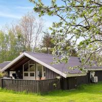 Hotel Pictures: Holiday home Helledigevej F- 1730, Nordost