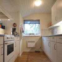 Hotel Pictures: Holiday home Hulvej G- 1883, Nordskov