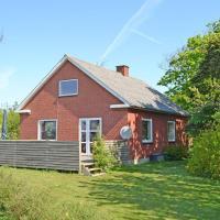 Hotel Pictures: Holiday home Møllevej C- 3263, Vrågård