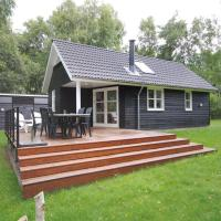 Hotel Pictures: Holiday home Ramshule C- 3647, Hvalpsund