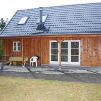 Hotel Pictures: Holiday home Skovbrynet H- 4084, Lindet
