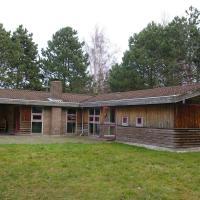 Hotel Pictures: Holiday home Spurvevej H- 4436, Gedser