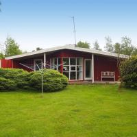 Hotel Pictures: Holiday home Sletten C- 4175, Odde