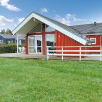 Hotel Pictures: Holiday home Sydbakken F- 4690, Ebeltoft