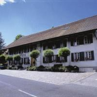 Hotel Pictures: Gasthof Kreuz Mühledorf, Mühledorf