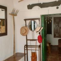 Hotel Pictures: Los Carvajales, Humilladero