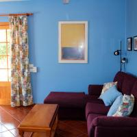 Hotel Pictures: Julia 6, Cala Blanca