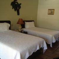 King or Double Room - Poolside