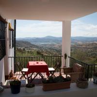 Hotel Pictures: MálagaisLife Countryside, Alcaucín