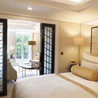 One-Bedroom Suite with Park View
