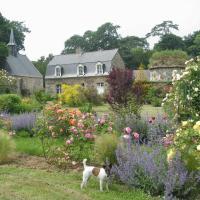 Hotel Pictures: Gîte du Chateau de Bonabry, Hillion