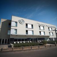 Hotel Pictures: Tramuntana, La Jonquera