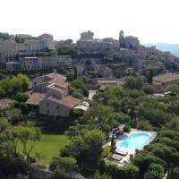 Hotel Pictures: Mas de la Beaume, Gordes