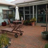Hotel Pictures: Butlers Guesthouse, Birregurra