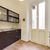 Three-Bedroom Apartment with Balcony 3° floor