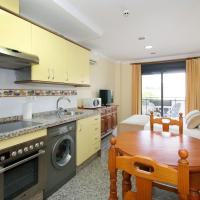 One-Bedroom Apartment with Terrace (2 Adults + 1 Child)