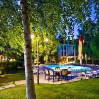 Hotel Pictures: Family Hotel Edia, Sandanski