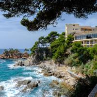 Hotel Pictures: Cap Roig, Platja  dAro