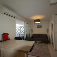 Studio (2 Adults) - 46 rue Georges Clemenceau