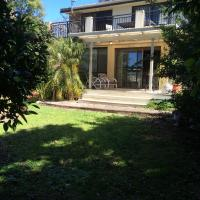 Hotel Pictures: Nelsons Beach Lodge Holiday Home, Vincentia