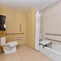 Double Room with Two Double Beds - Disability Access with Bathtub