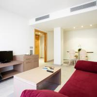 Hotel Pictures: Apartaments Terraza Figueres, Figueres