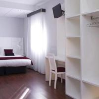 Hotel Pictures: Hotel Pepo, Benifallet