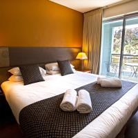 Hotel Pictures: Novotel Lake Crackenback Resort, Crackenback