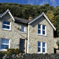 Hotel Pictures: Shenstone Holiday Home, Ventnor