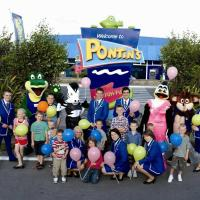 Hotel Pictures: Pontins-Southport Holiday Park, Southport