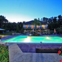 Hotel Pictures: Chambres d'hôtes Le Pech Pinet, Sarlat-la-Canéda