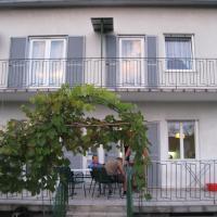 Hotel Pictures: Ferienhaus Dr.-Kamniker-Strasse, Graz
