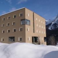 Hotel Pictures: Youth Hostel Scuol, Scuol