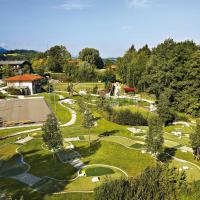 Hotel Pictures: Ferienpark Vorauf, Siegsdorf