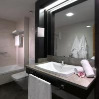 Classic Twin Room with New Year's Package