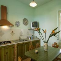 Ulivi Two-Bedroom Apartment with Patio (4 Adults)