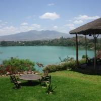 Hotel Pictures: The Babogaya Lake Viewpoint Lodge, Debre Zeyit