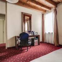 Diana's Rooms & Suites