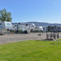 Junction West RV Park - A Cruise Inn Park