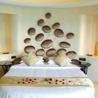 Royal Premier Honeymoon Suite with Sea View