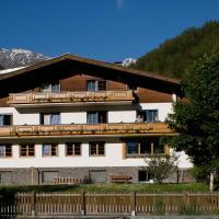 Hotel Pictures: Ferienhaus Alpina, Kals am Großglockner