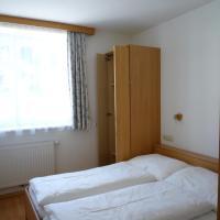 Three-Bedroom Apartment TOP 1