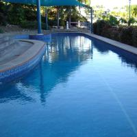 Hotel Pictures: Crown Point on Cullen, Darwin